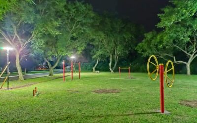 Iluminación del nuevo espacio recreativo y saludable en barrio sur.