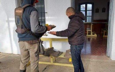 Entrega de indumentaria y elementos de trabajos al personal municipal.