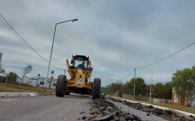 Continúa la reparación y recuperación de calle Eva Perón.