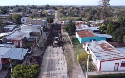 Avanza las tareas de pavimentación en calles Islas del Ibicui.