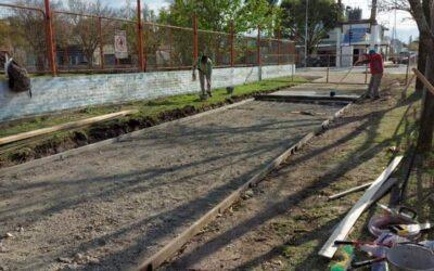 Construcción de veredas en el colegio General Manuel Belgrano.